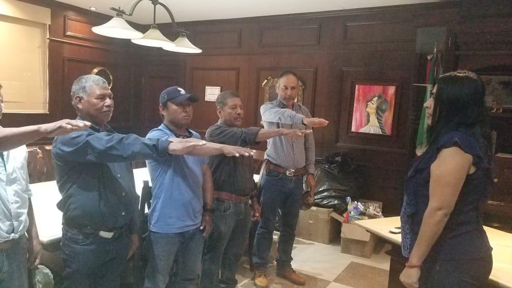 Tomó protesta juez auxiliar y suplentes de Venustiano Carranza en Tamuin