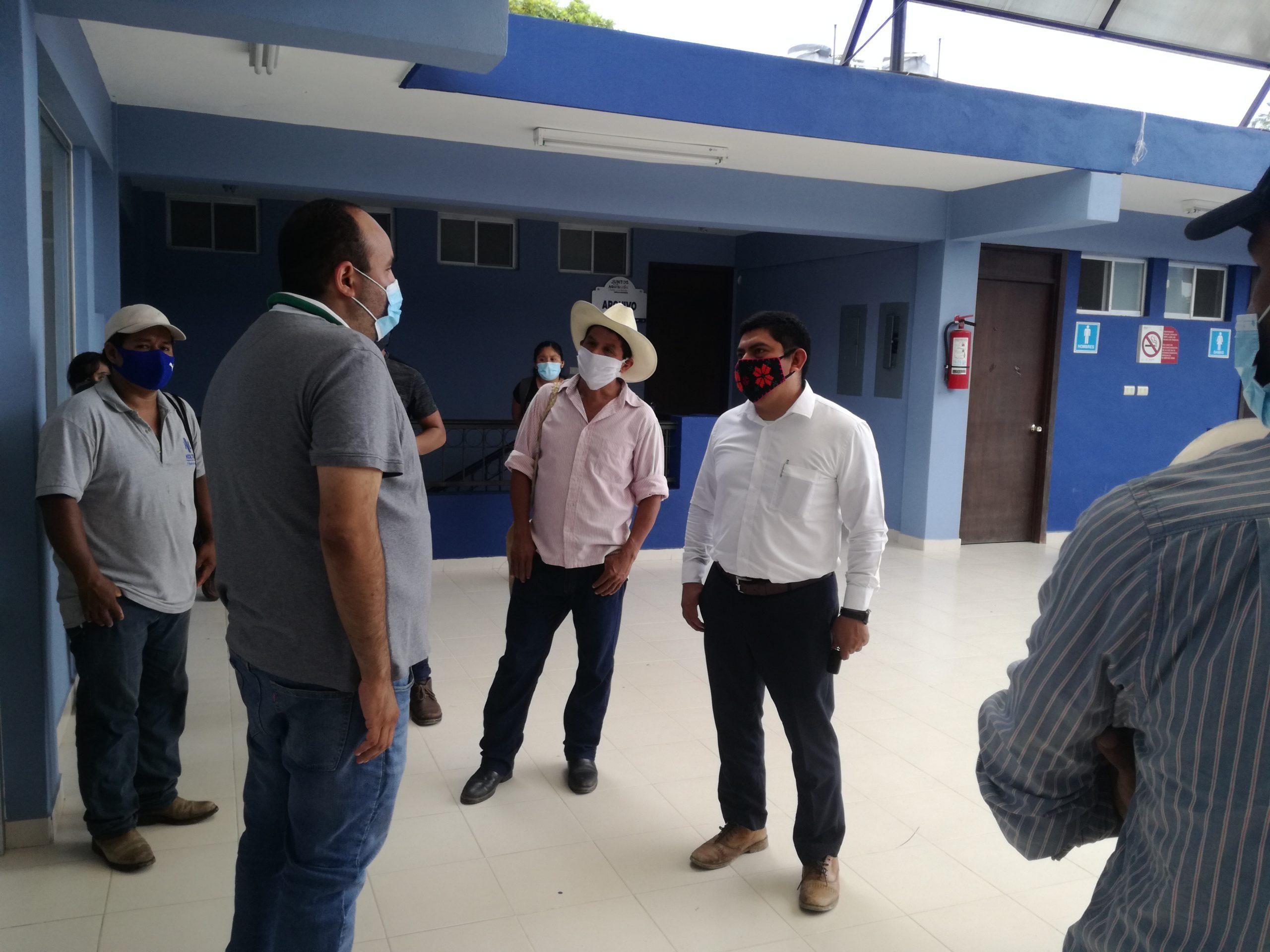 Antorchistas acudieron a la Presidencia de Aquismón a informarse de obras